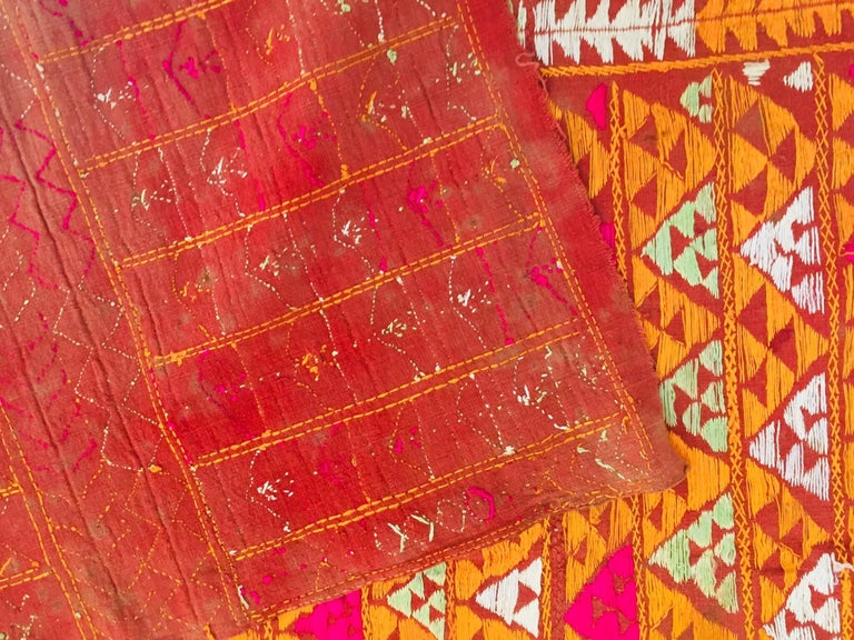 Phulkari Wedding Shawl, Silk Embroidery on Cotton, Punjab India 20th Century For Sale 6