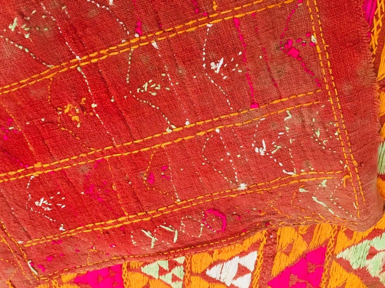 Phulkari Wedding Shawl, Silk Embroidery on Cotton, Punjab India 20th Century For Sale 7