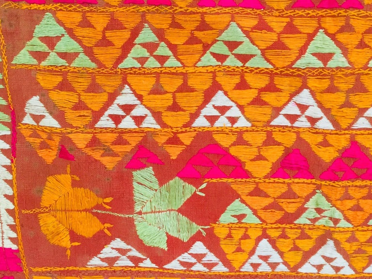 Phulkari Wedding Shawl, Silk Embroidery on Cotton, Punjab India 20th Century For Sale 8