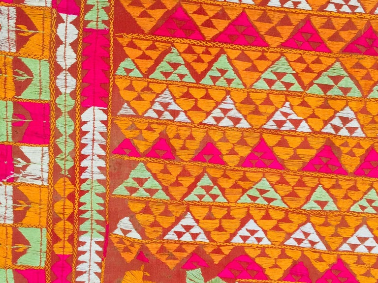 Phulkari Wedding Shawl, Silk Embroidery on Cotton, Punjab India 20th Century For Sale 9