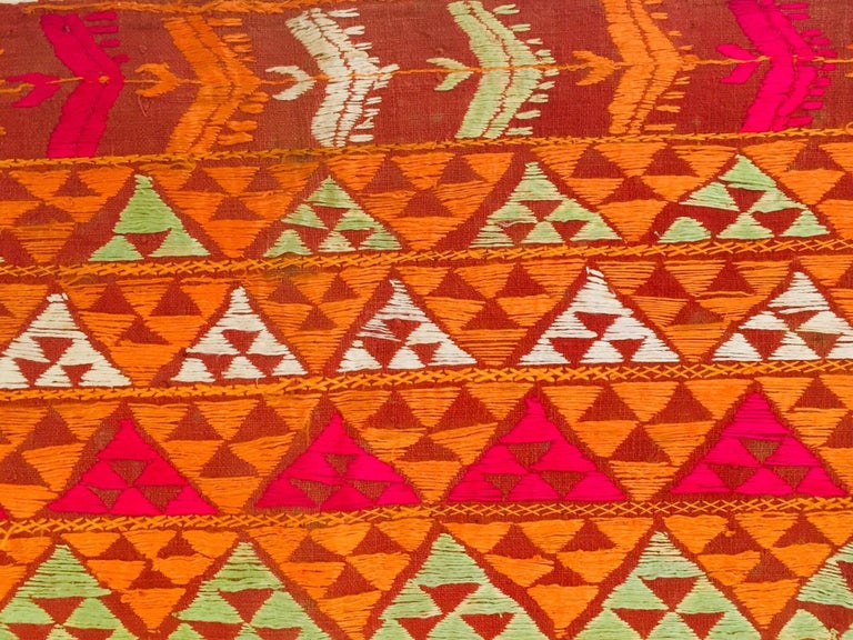 Phulkari Wedding Shawl, Silk Embroidery on Cotton, Punjab India 20th Century For Sale 10