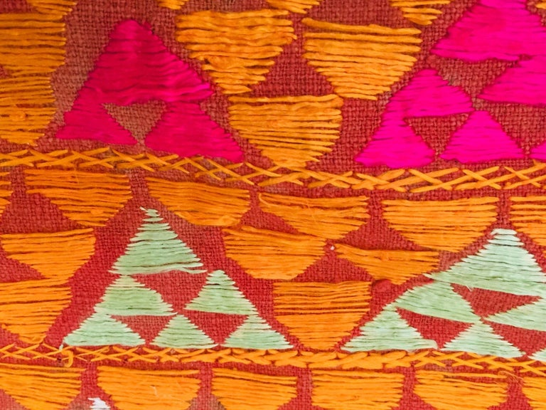 Phulkari Wedding Shawl, Silk Embroidery on Cotton, Punjab India 20th Century For Sale 11