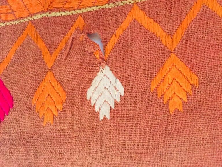 Phulkari Wedding Shawl, Silk Embroidery on Cotton, Punjab India, 20th Century For Sale 13