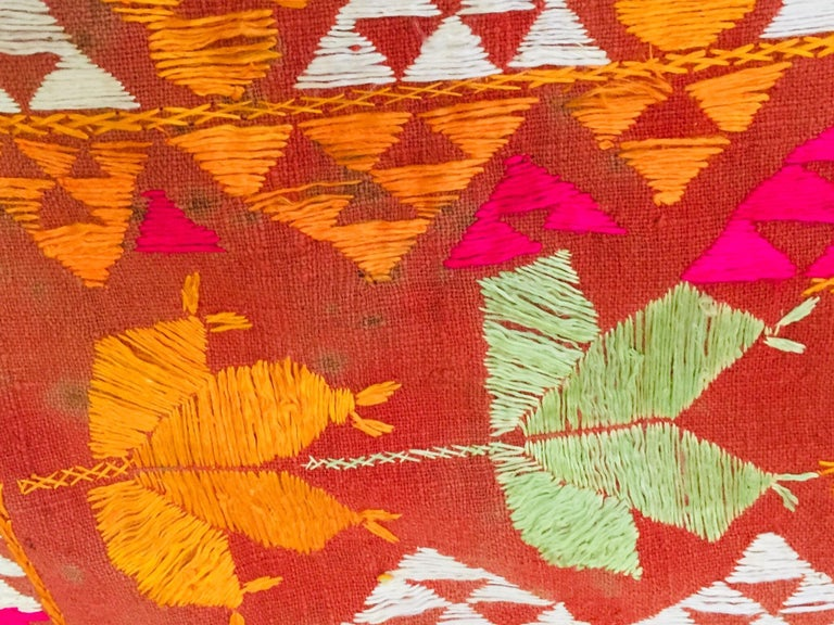 Phulkari Wedding Shawl, Silk Embroidery on Cotton, Punjab India 20th Century For Sale 14