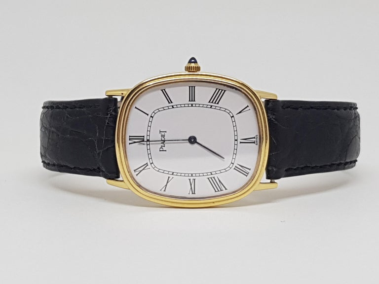Piaget 18 Carat Yellow Gold Classic Men's Manual Wristwatch For Sale 3