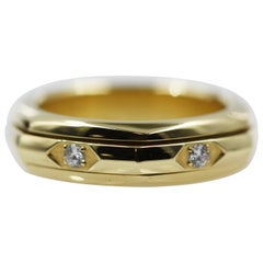 Piaget 18 Karat Yellow Gold Top Wesselton Movable Ring with 6 Diamonds