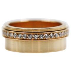 Piaget 18 Karat Yellow Gold Top Wesslton 38 Diamonds Ring, Movable
