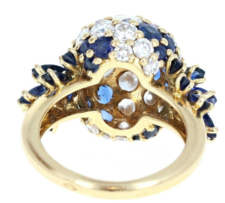 Women's or Men's Piaget 18 Karat Yellow Gold Diamond and Sapphire Cluster Ring 3.20 Carat For Sale