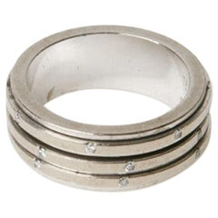 PIAGET Band Ring Possession Model in White Gold and Diamonds