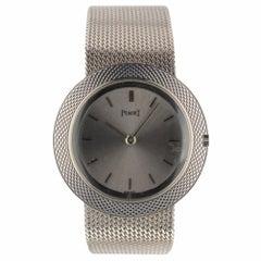 Piaget Classic Oval 18 Karat White Gold Manual Silver Dial Ladies Watch 9117 B11