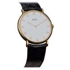 Piaget Classique 18 Karat Gold Manual Winding Watch, Made in 1992
