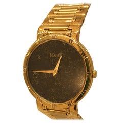 Piaget Dancer 18 Karat Yellow Gold Onyx Dial Men's Bracelet Watch 84023 K81