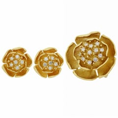 Piaget Diamond Yellow Gold Flower Earrings and Brooch Pendant Set
