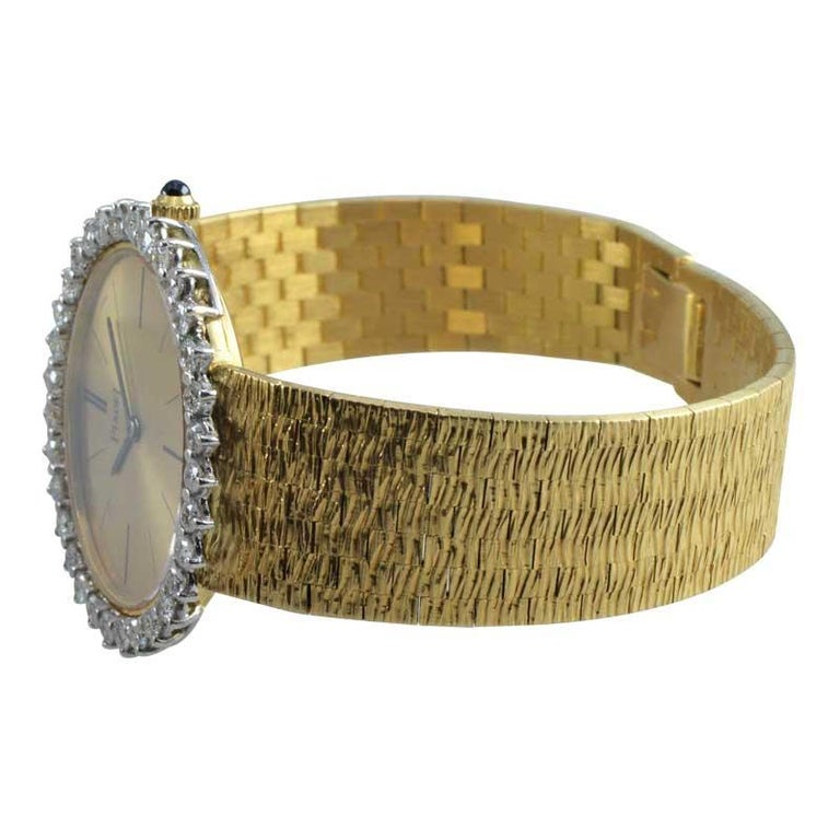 Piaget Ladies 18 Karat Yellow Gold Diamond Bracelet Watch, circa 1970s For Sale 5