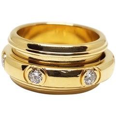 Piaget Possession White Diamond 18 Karat Yellow Gold Spinning Wide Band Ring