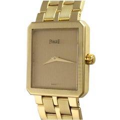 Piaget Protocole 18k Yellow Gold Quartz Midsize Wrist Watch