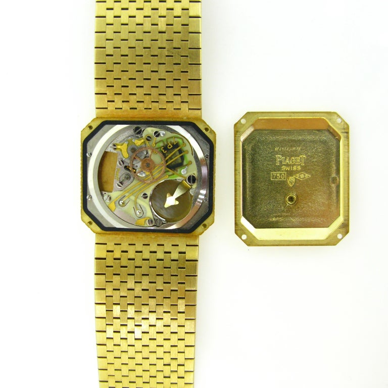 Piaget 1970s Yellow Gold Vintage Wristwatch 2
