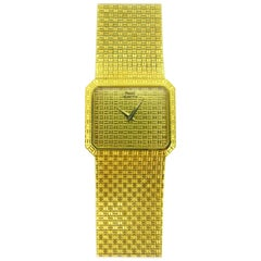 Piaget 1970s Yellow Gold Vintage Wristwatch