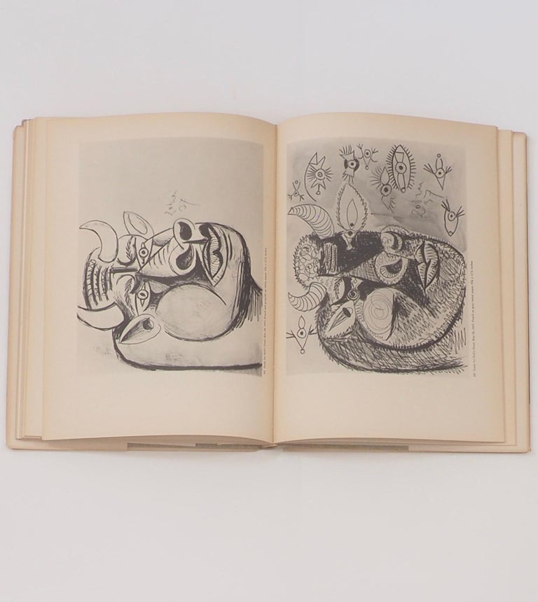 Picasso, Guernica, First Edition Book 1947 In Good Condition For Sale In Kingsdown, Kent