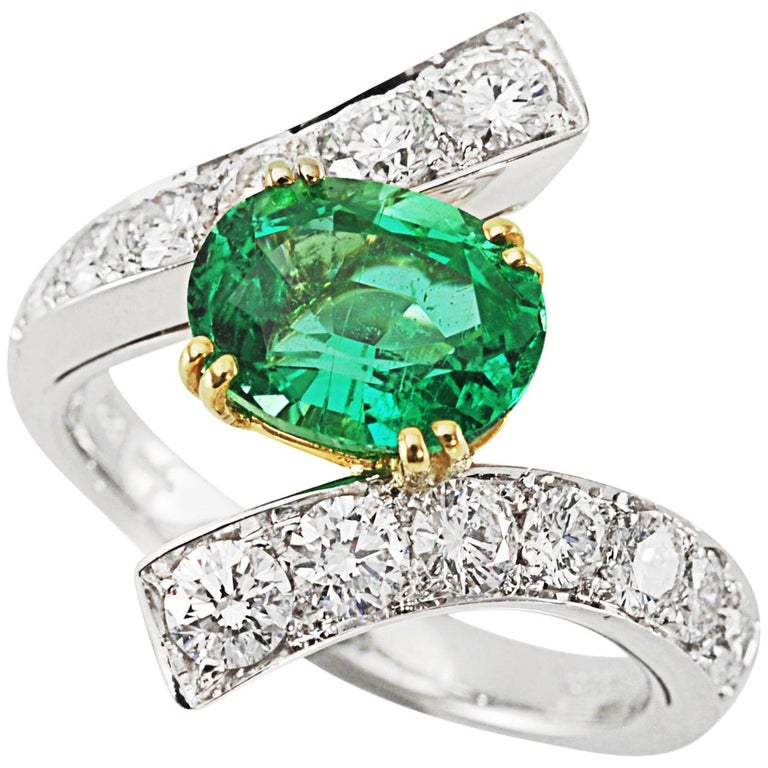 Picchiotti 18 Karat White and Yellow Gold Fashion Ring with Diamonds and Emerald For Sale