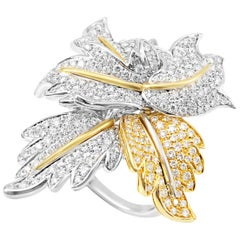 Picchiotti 18 Karat White and Yellow Round Diamond Cocktail Ring