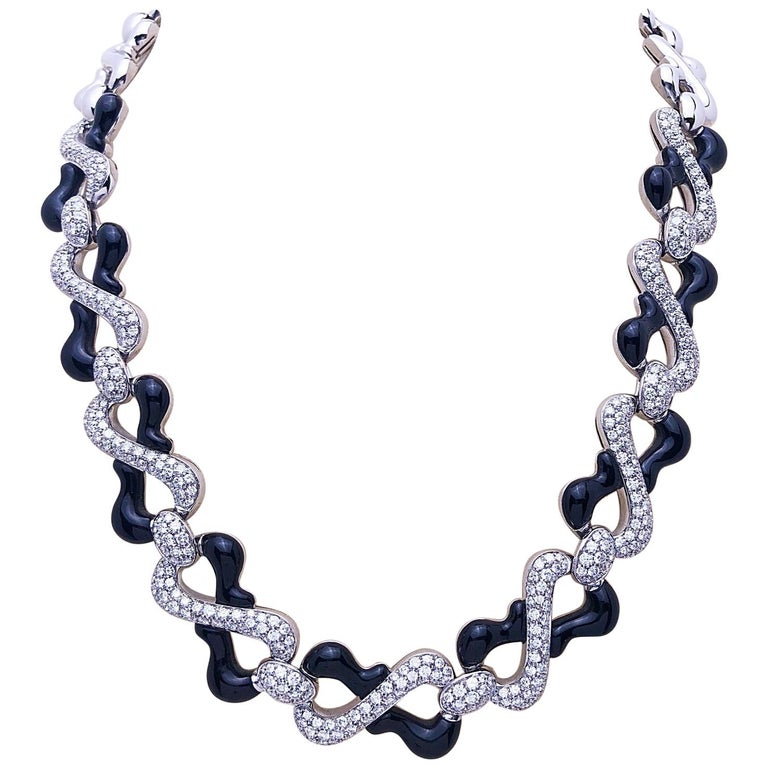 Picchiotti 18 Karat White Gold, 10.87 Carat Diamond and Black Onyx Necklace For Sale