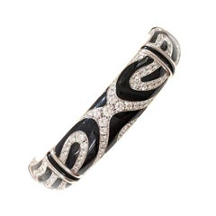 Picchiotti 18 Karat White Gold, 2.47 Carat Diamond and Black Onyx Tiger Bracelet