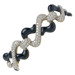 Picchiotti 18 Karat White Gold, 7.32 Carat Diamonds and Black Onyx Bracelet