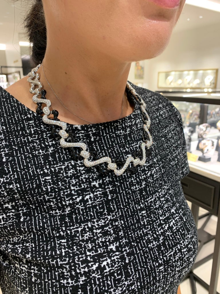 Picchiotti 18 Karat White Gold, 10.87 Carat Diamond and Black Onyx Necklace In New Condition For Sale In New York, NY