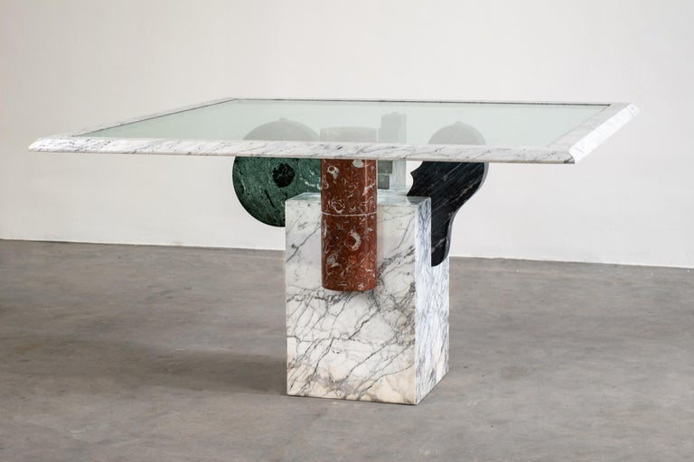 Post-Modern Pier Alessandro Giusti and Egidio Di Rosa Brugiana Table in Marble and Sandstone For Sale