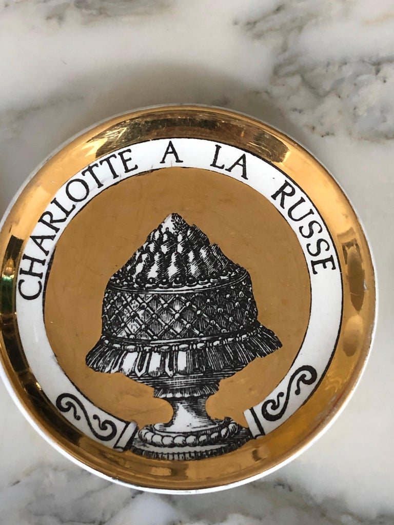 Piero Fornasetti Gilded Porcelain Coaster Set, French Cuisine from 1950 For Sale 4