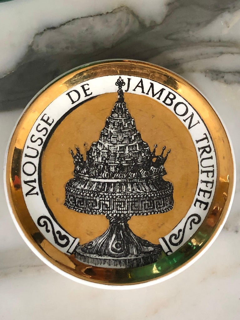 20th Century Piero Fornasetti Gilded Porcelain Coaster Set, French Cuisine from 1950 For Sale