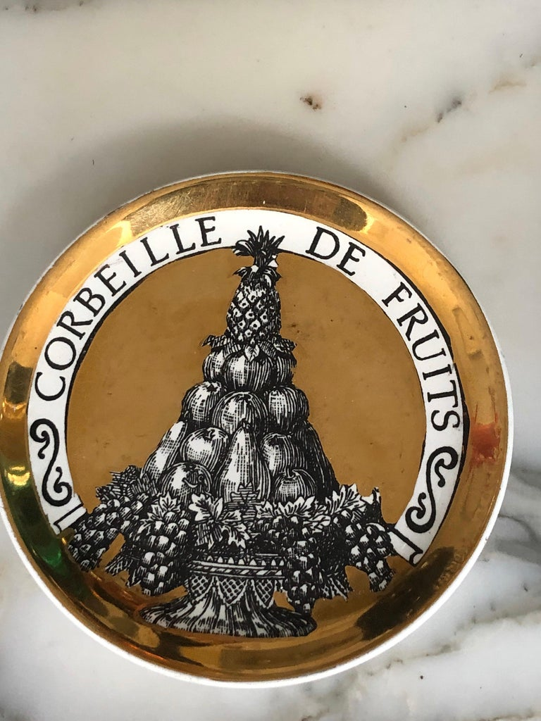 Piero Fornasetti Gilded Porcelain Coaster Set, French Cuisine from 1950 For Sale 2