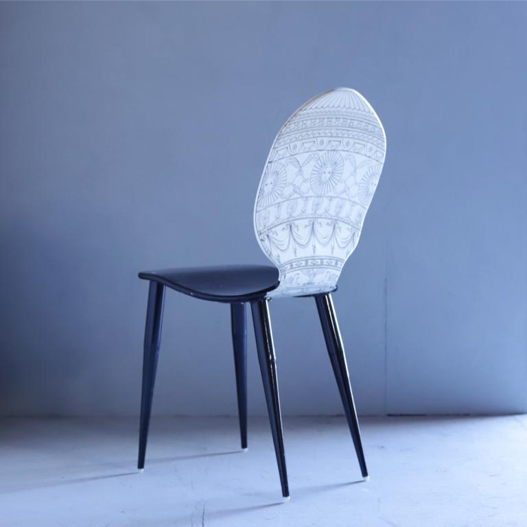 """Mongolfiera"" chair by Piero Fornasetti."