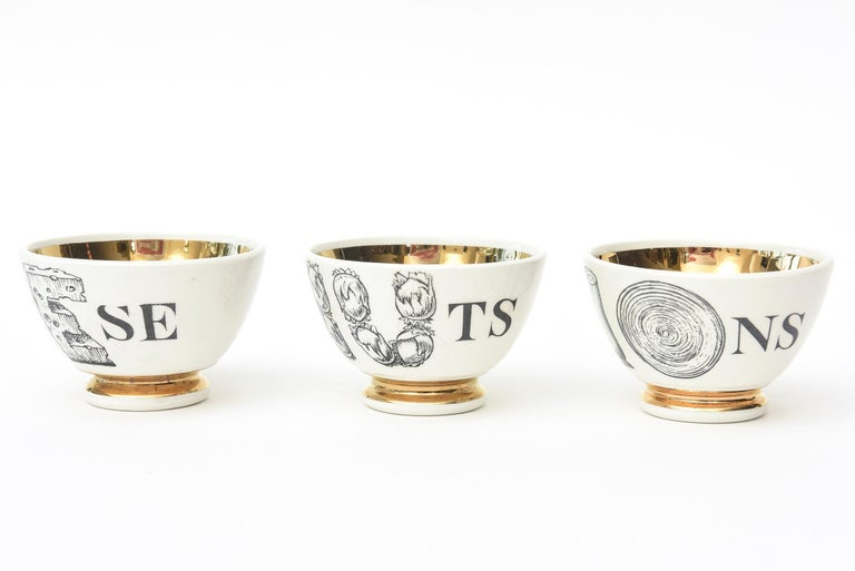 Italian Piero Fornasetti Porcelain & Gilded Appetizer Bowls Midcentury Set of 6 Barware For Sale