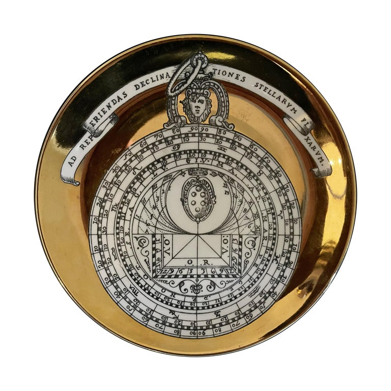 Piero Fornasetti Porcelain Set of 8 Gilted Astrolabe Plates In Good Condition For Sale In Paris, FR