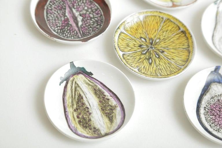 Piero Fornasetti Porcelain Sezoni Di Frutta Midcentury Small Plates or Coasters In Good Condition For Sale In North Miami, FL