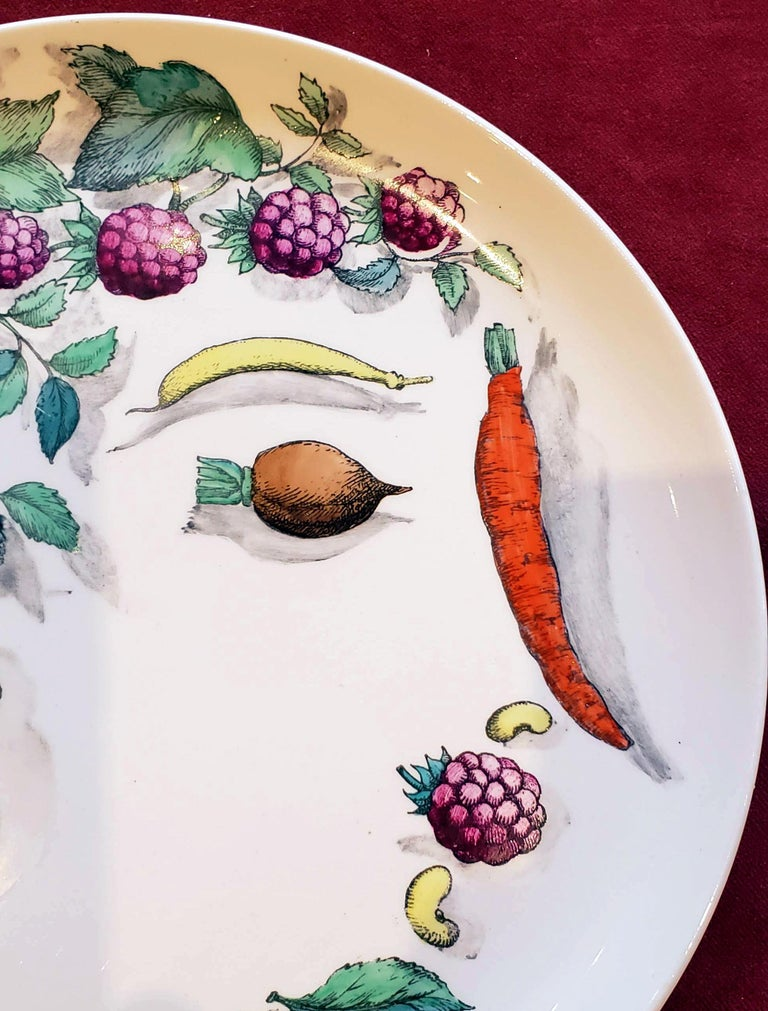 Piero Fornasetti Pottery Vegetalia Plate, #10 Morino, 1955 In Good Condition For Sale In Maryknoll, NY