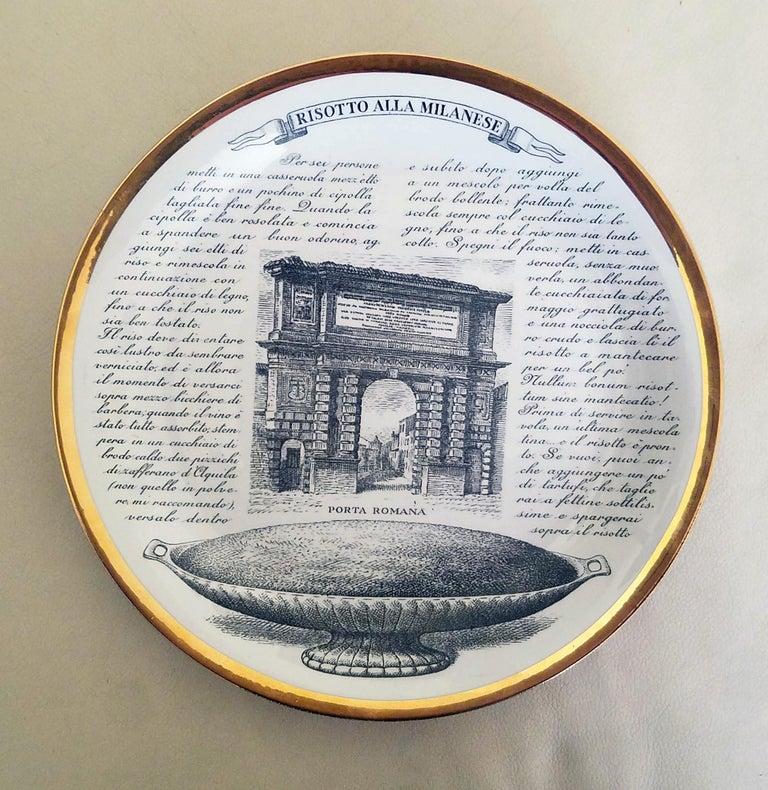 Piero Fornasetti Specialità Milanese Set of Twelve Porcelain Plates, 1960-1970 For Sale 6