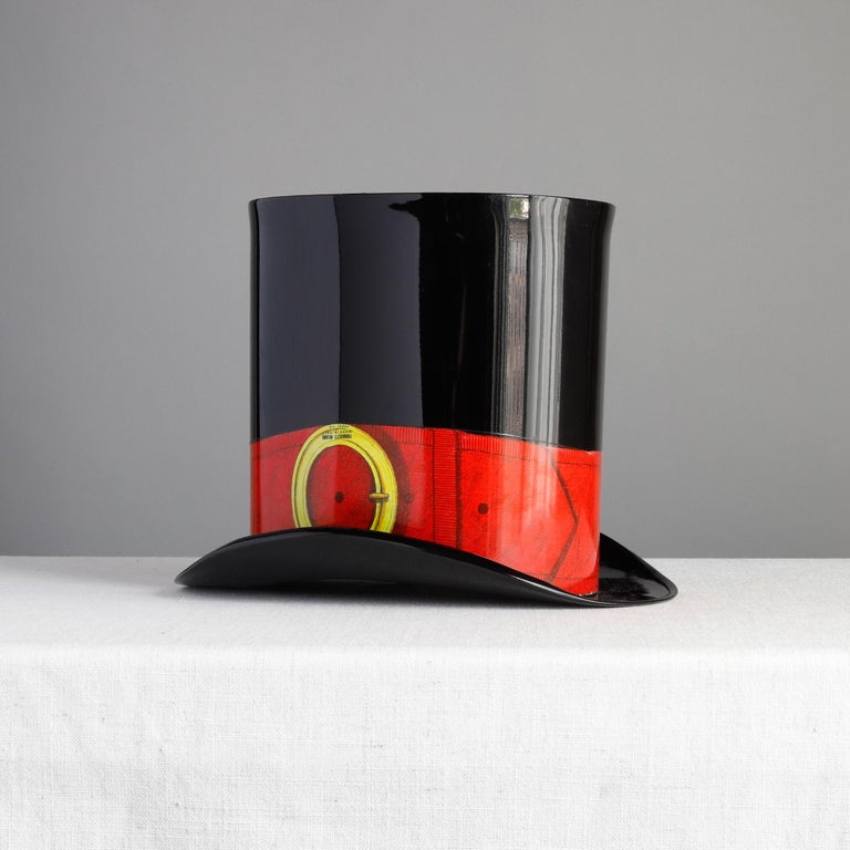 Piero Fornasetti Wastepaper Basket, Italian Top Hat Trash Can Designed, 1950s In Good Condition For Sale In Raleigh, NC