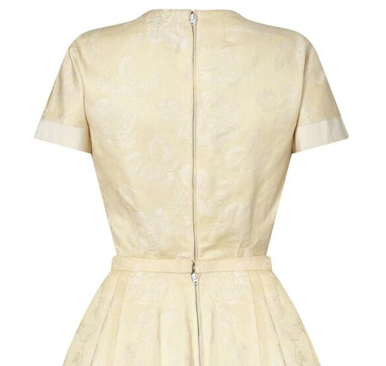 Pierre Balmain 1950s Haute Couture Cream Jacquard Two Piece Bridal Set  In Excellent Condition For Sale In London, GB
