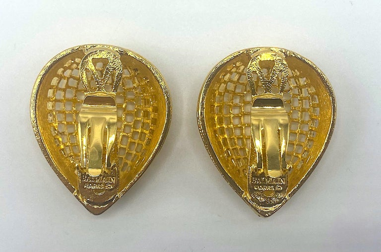 Pierre Balmain 1980s Large Gold Openwork Earrings For Sale 1