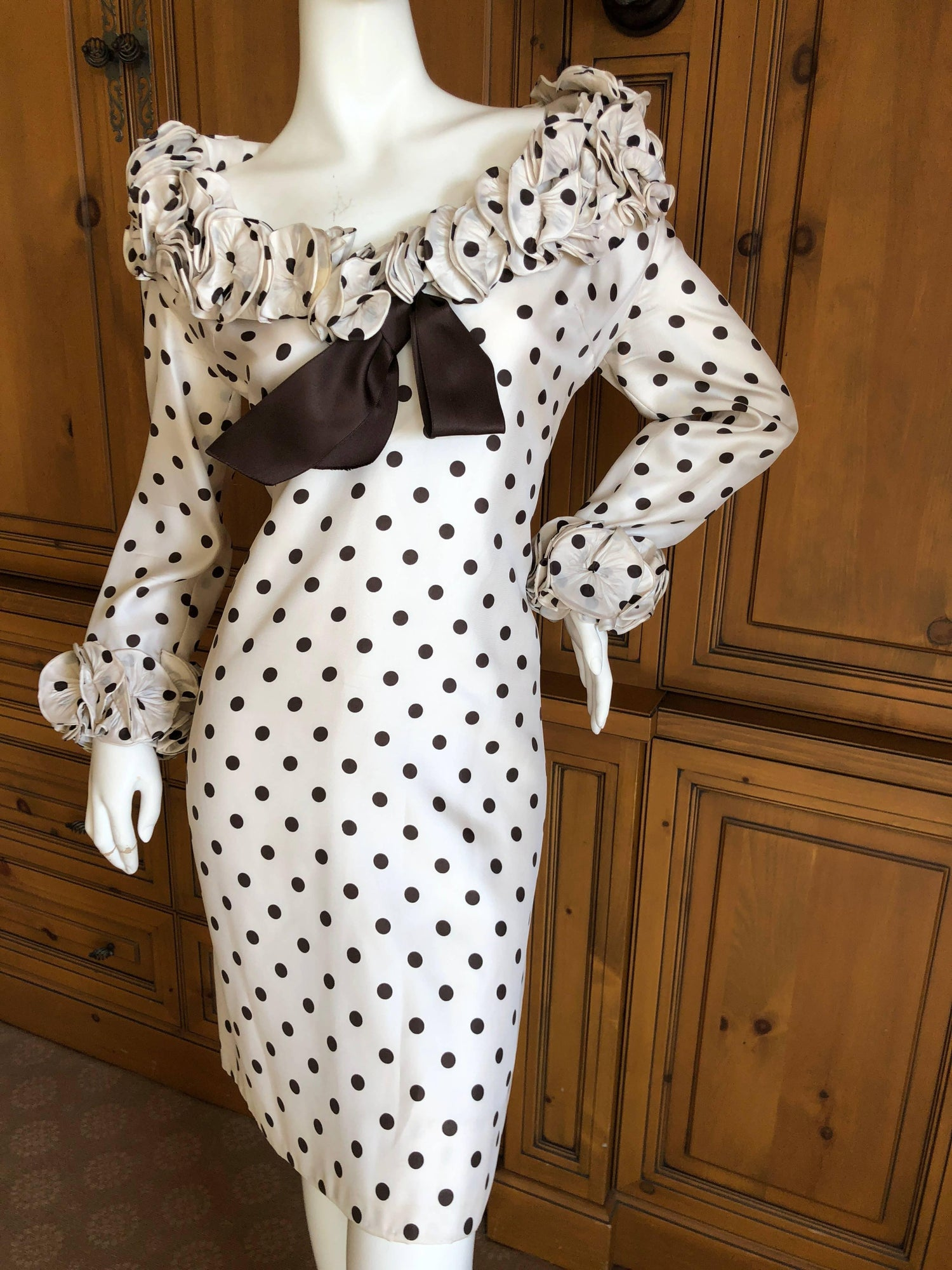 d08b62000 Pierre Balmain Haute Couture 1968 Polka Dot Ruffled Silk Dress For Sale at  1stdibs