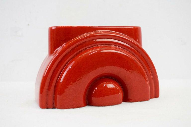Mid-Century Modern Pierre Cardin Modern Red Porcelain Vase Franco Pozzi Ceramica, 1970s, Italy For Sale