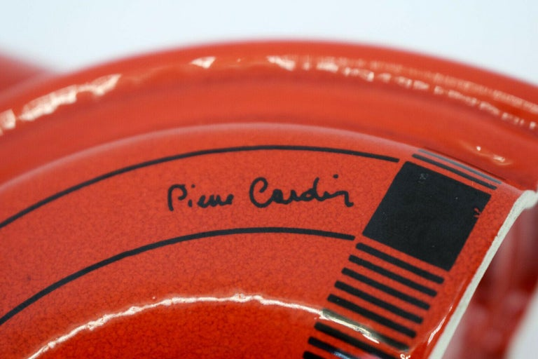Pierre Cardin Modern Red Porcelain Vase Franco Pozzi Ceramica, 1970s, Italy For Sale 1