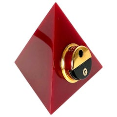 Pierre Cardin Pyramid Bordeaux Lucite Table Lighter, France, 1970s