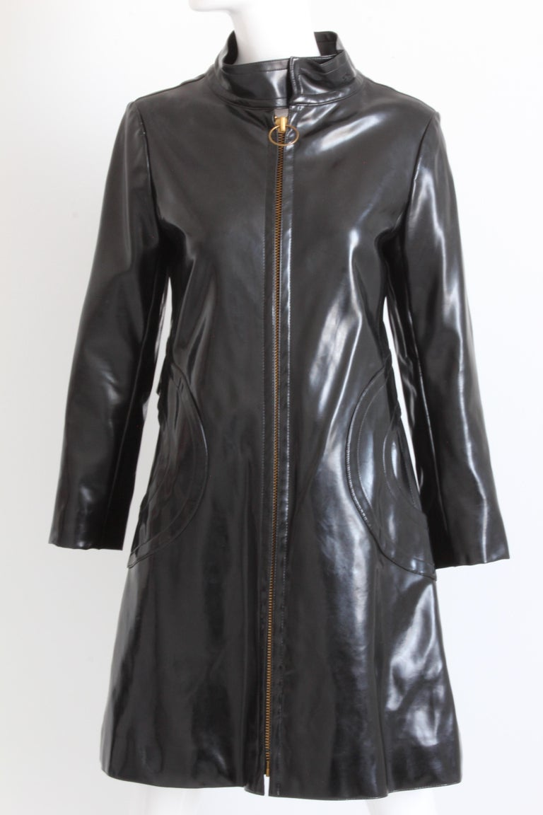 Pierre Cardin Space Age Coat Black Vinyl Circle Pocket Jacket 1960s S/M  In Good Condition For Sale In Port Saint Lucie, FL
