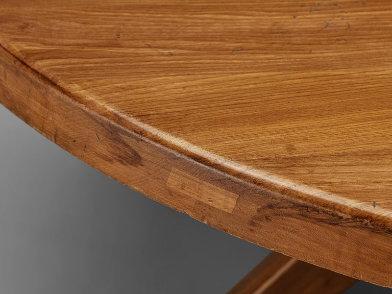 Pierre Chapo Dining Table Model 'T21D' in Solid Elm In Good Condition For Sale In Waalwijk, NL