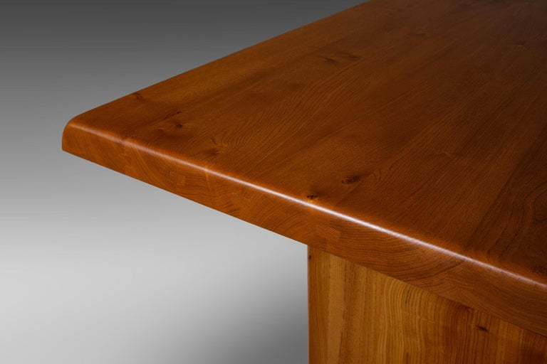 Pierre Chapo 'T14C' Dining Table in Solid Elm In Good Condition In Rotterdam, NL