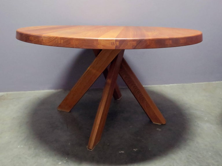 Iconic elm dining table in excellent condition by Pierre Chapo, circa 1960s.
